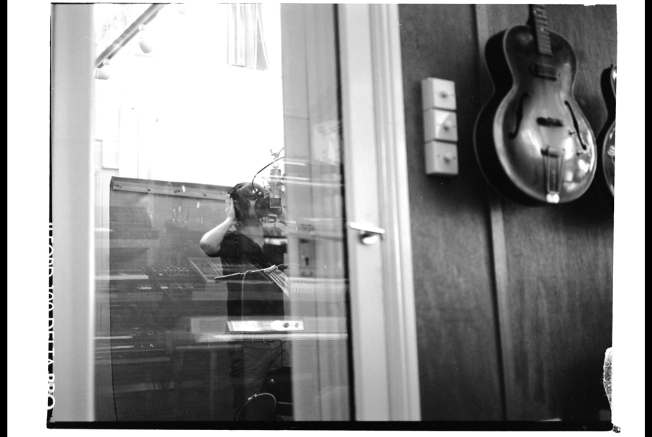 Photography, Documention, Abby, Kensaltown, London,Paul Raabe, 2011, London Recordingsession